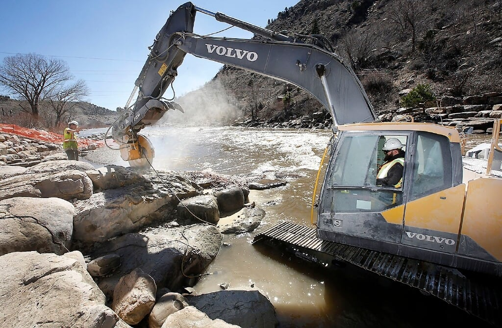 Volvo Makes a Splash in Colorado 1