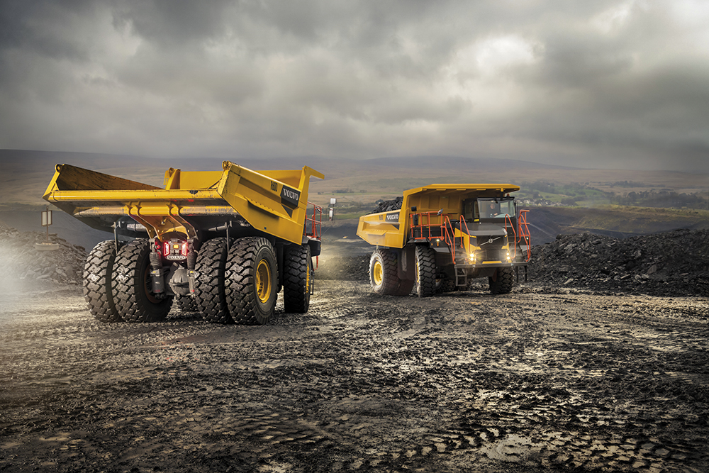 Articulated VS Rigid: How to Choose the Right Truck for Your Worksite 1