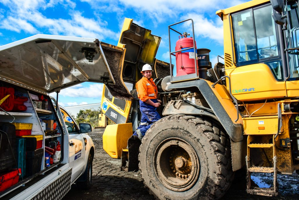 Volvo L220H and L180G wheel loaders - Operator Review 3