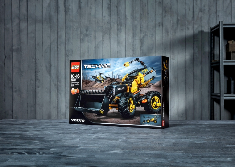 The LEGO® Technic Volvo Concept Wheel Loader ZEUX 2