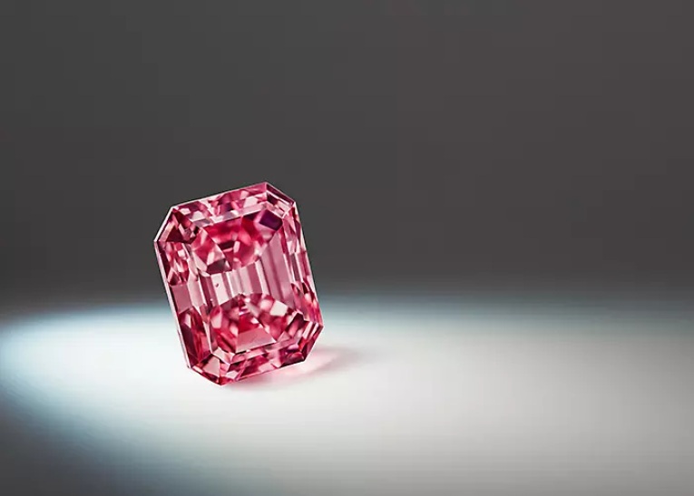 Rio Tinto Set to Sell one of its Largest Argyle Pink Diamonds as Mine Closure Looms 1