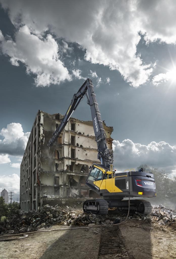 Volvo Demolition Machine