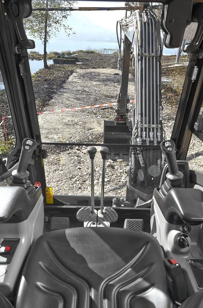 What You Need To Know About Mini Excavators. 4