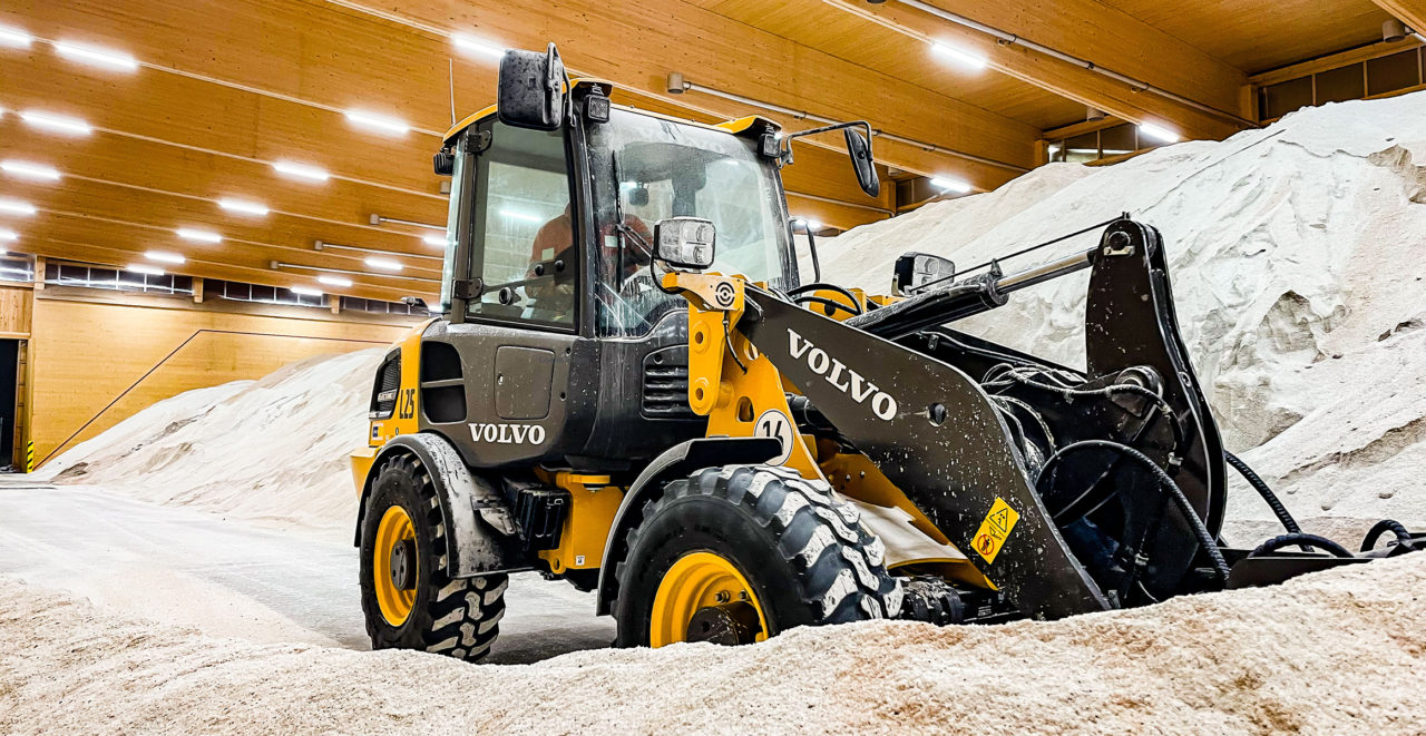 Volvo L25 Electric - Volvo's First Electric Compact Wheel Loader 1