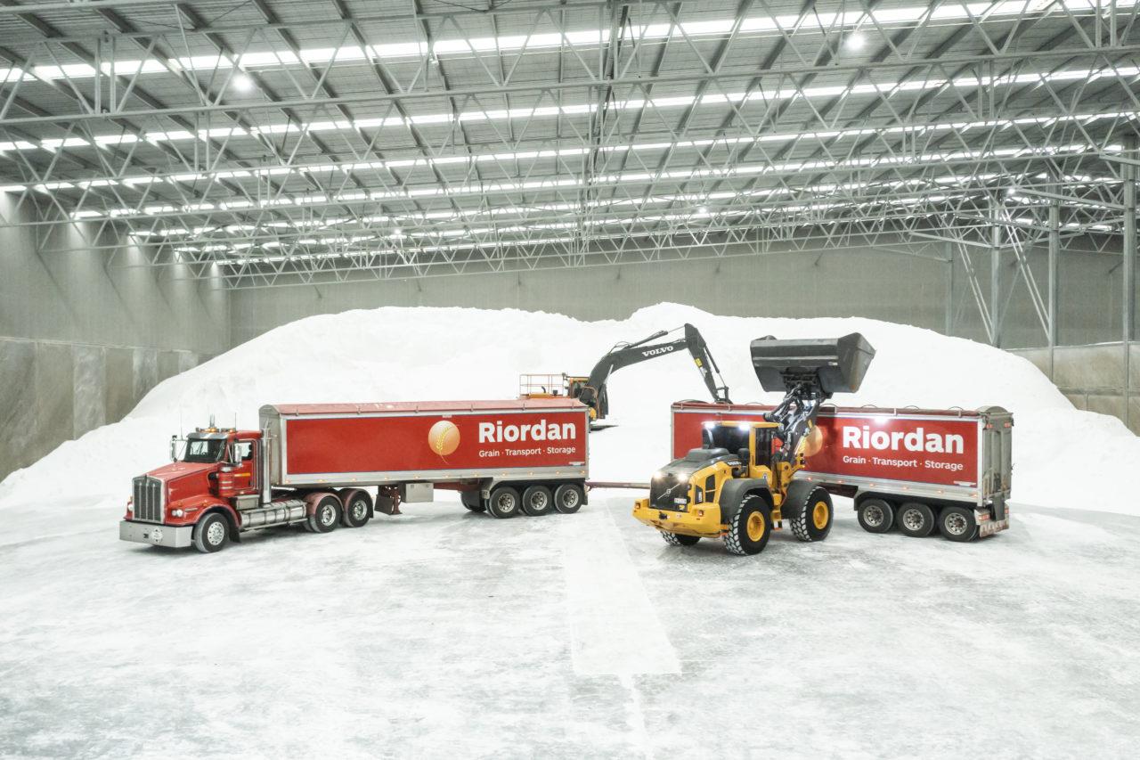 Riordan Grain Services and CJD Equipment 2