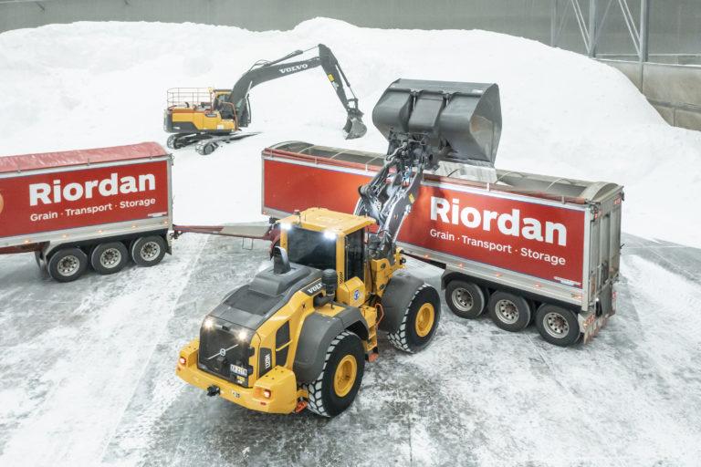 Riordan Grain Services and CJD Equipment