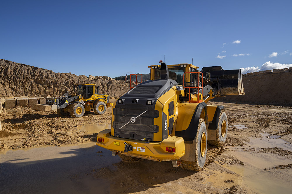 volvo l150h machinery at a worksite